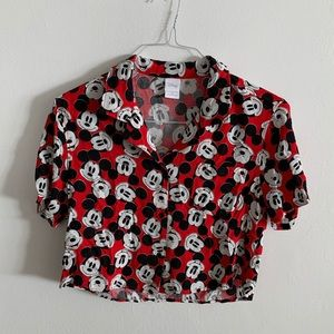 Disney Mickey Mouse cropped button down